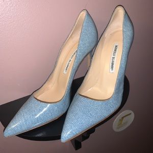 Manolo Blahnik Pump